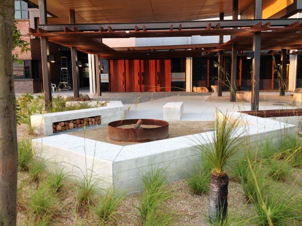 Sunshine coast University hardscape