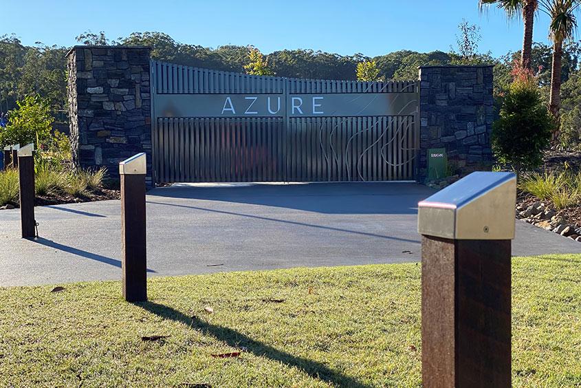 Sunshine COast stonework gate and sign