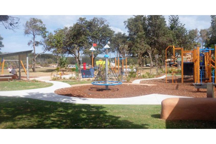faulks park kingscliff play equipment
